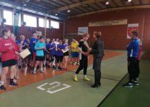 Więcej o: Mistrzostwa Gminy w Piłce Ręcznej Dziewcząt i Chłopców klas 7 i 8